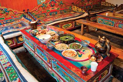 tibet-dinner